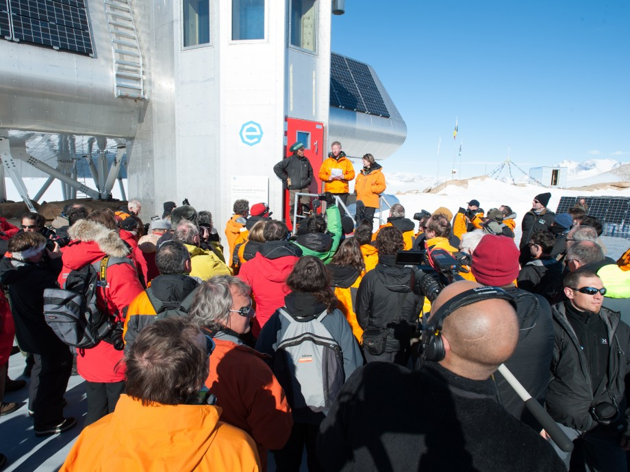 Inauguration of the station in Antarctica on the 15th of February 2009