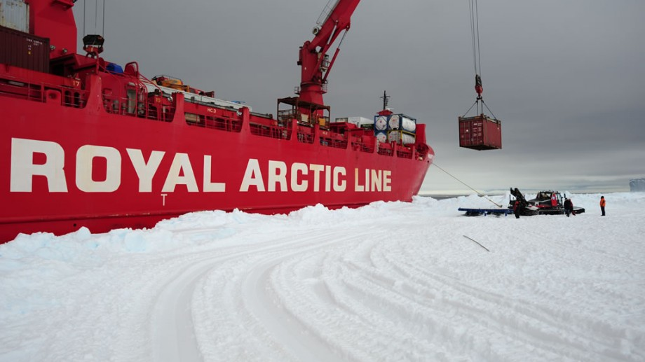 Unloading of the Mary Arctica during the BELARE 2011-2012 expedition. Containers are then loaded on sledges to be taken back to