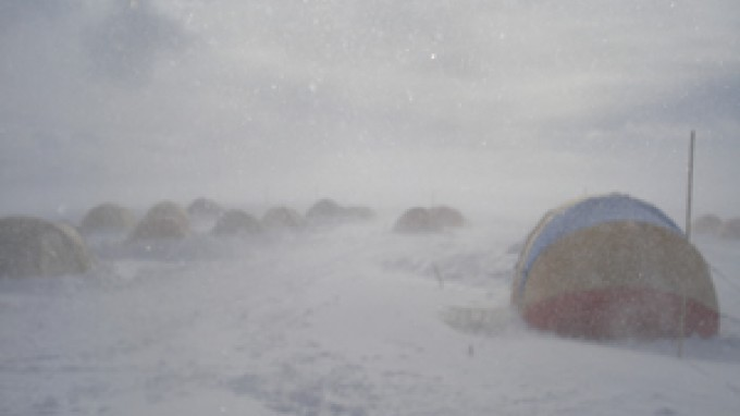 BELARE 2007-2008: Stormy Weather Hits East Antarctica