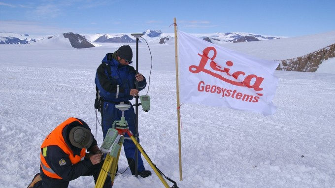 The IPF and the Antarctic station project chosen by Leica Geosystems for a corporate brochure