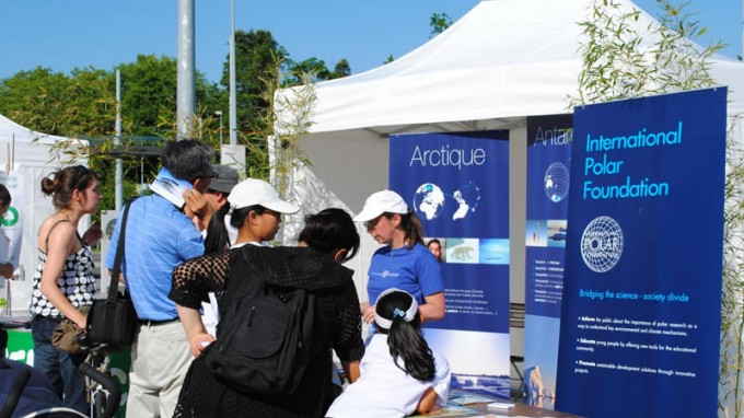 World Environment Day in Geneva: an IPF stand in front of the United Nations